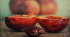 620--auto--uploads-2012-08-peach